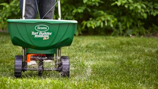Lawn Projects: Scotts DLX Spreader in use