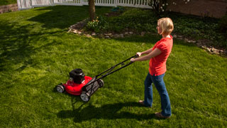 How To Mow A Lawn - Lawn Mowing Tips - Scotts