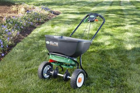 Picture of Elite Spreader on a lawn