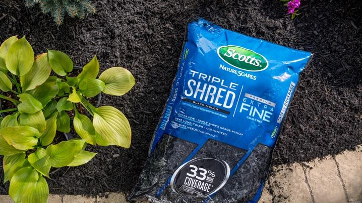 Benefits of Mulching: bag of Scotts® Triple Shred mulch