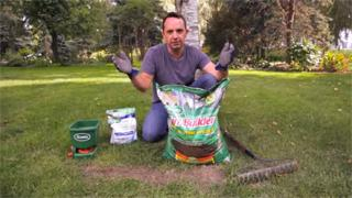 Lawn Care: Applying Lawn Soil