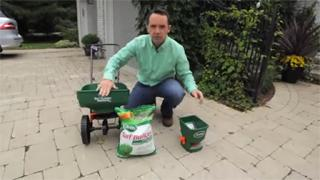 Using A Lawn Spreader